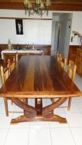 table style créole en iroko
