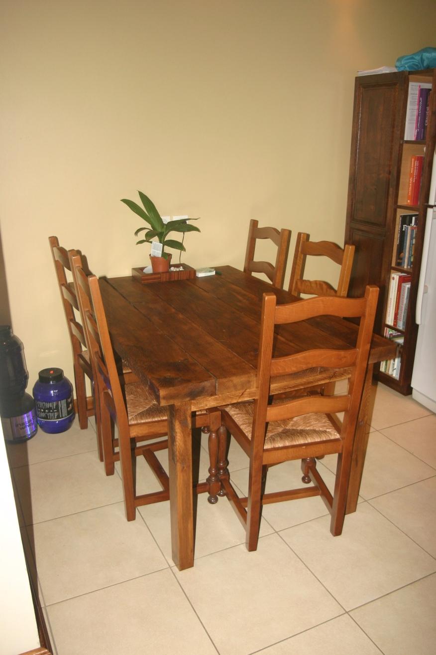 table en chêne rustique