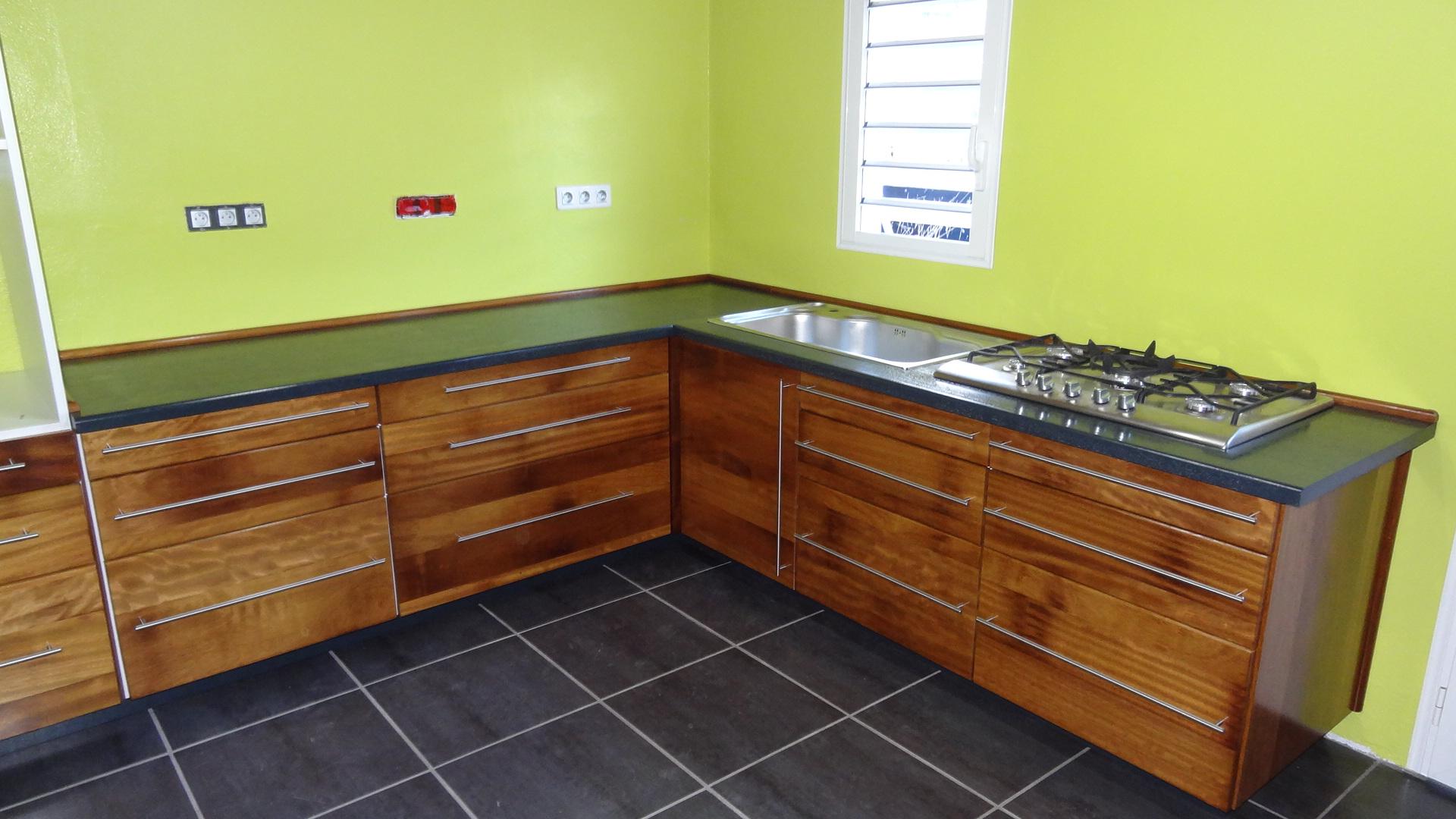 Nouvelle petite cuisine meuble design cr ation for Meuble petite cuisine